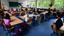 ¿En qué se diferencian los programas de educación bilingüe y los de doble inmersión o duales?