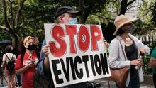 Nueva York extiende la moratoria de desalojos, pero le da más poder a los caseros