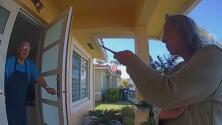 Arrestan a una anciana señalada de amenazar con un cuchillo a uno de sus vecinos en Miami-Dade