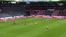 ¡GOL!  anota para FC Midtjylland. Gustav Isaksen
