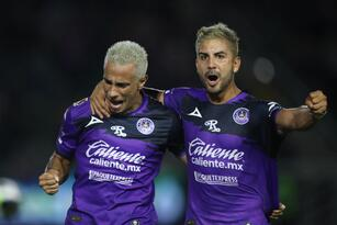 MAZATLAN, MEXICO - SEPTEMBER 18: Camilo Sanvezzo and Jorge Zárate celebrates the first goal of Mazatlan during the 9th round match between Mazatlan FC and Pumas UNAM as part of the Torneo Grita Mexico A21 Liga MX at Kraken Stadium on September 18, 2021 in Mazatlan, Mexico. (Photo by Sergio Mejia/Getty Images)