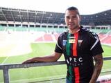 'Gullit' Peña tiene una semana sin reportar con su nuevo club