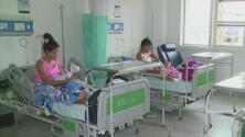 Unas 8,200 venezolanas darían a luz en Colombia pero sus bebés no tendrían nacionalidad colombiana automáticamente