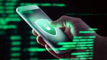 Consejos para proteger tu celular de aplicaciones maliciosas y detectar si podrían tener virus