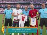 Kane regala camiseta de Inglaterra con nombre de Eriksen