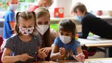 Salud y Bienestar: vacunas y revisiones medicas para los estudiantes en este regreso a clases en Chicago