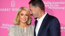 Azucarera de $250 y florero de casi $5,000: los objetos de lujo que Paris Hilton eligió como regalos de boda