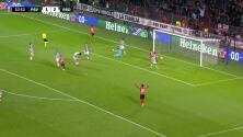 ¡GOL!  anota para PSV Eindhoven. Cody Gakpo