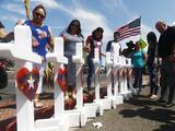 """Una decena de mexicanos demanda a Walmart  """"por no protegerlos"""" del tiroteo en El Paso"""