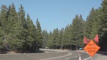 Cierres en las carreteras por incendios provocan tráfico en la región