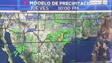 Una noche nublada y con posibilidad de rondas de aguaceros tendrá Houston este jueves