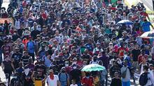 Sin temor a ser detenidos o golpeados: una cuarta 'caravana' de migrantes parte de Tapachula