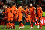 Holanda vuelve a destrozar a Gibraltar y sigue firme rumbo al Mundial