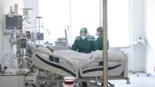 ¿Han variado las cifras de contagios y hospitalizaciones por coronavirus tras la reapertura en Illinois?