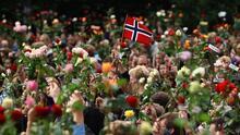Noruega recuerda la violencia ultraderechista que dejó 77 muertos en la peor masacre de su historia