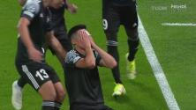 ¡Llora de emoción! Yakhshiboev da la sorpresa con 0-1 ante Real Madrid