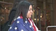 Juez de inmigración aprueba asilo político a joven hondureña en Waukegan