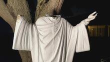 Vandalizan una estatua de Jesús en la iglesia católica Santa Martha en Miami Shores