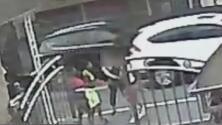 Una anciana recibe brutal golpiza con su propio bastón en medio de un atraco en Queens