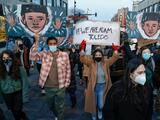 Los latinos también sufren en exceso el abuso policial (aunque de eso se hable menos)