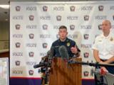 Un avión militar de entrenamiento se estrella contra viviendas en Fort Worth, Texas, y deja dos heridos