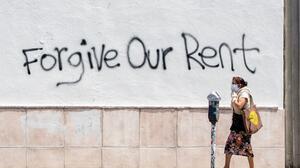 Acaba la moratoria federal a los desalojos y la ayuda fluye a cuentagotas
