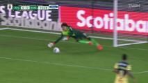 ¡Perdona Franco Escobar! Memo Ochoa evita el primer gol del Atlanta