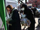 """Los hispanos sienten ser los """"más golpeados económicamente"""" por la pandemia"""