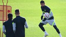 Diego Costa vuelve a entrenar tras superar trombosis