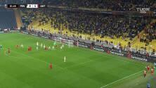 Amargan el doblete de Enner... Gerkens puso el 2-2 para Royal Antwerp