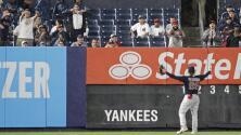 Yankees y MLB expulsan de por vida a fan que agredió a Verdugo