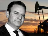 Jason Kinney, el amigo cabildero al que festejó Gavin Newsom, tiene de cliente a una poderosa petrolera