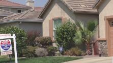 Poca oferta y mucha demanda: la realidad que enfrentan primeros compradores de vivienda en la región