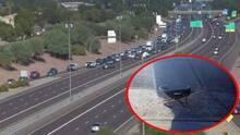 Mujer muere después de ser atropellada y ahora buscan al conductor que dejó caer esta carretilla en el Loop 101