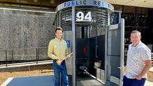 Conoce el baño público de $267,000 que instalaron en esta ciudad del Área de la Bahía