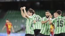 Guardado participó en un juego de locos entre Betis y Roma