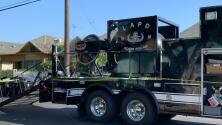 """""""La casa se nos puede caer encima"""", afectados por explosión accidental en el sur de Los Ángeles exigen respuestas"""