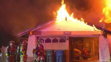 Familia lucha por recuperar su casa después de perderla en un incendio