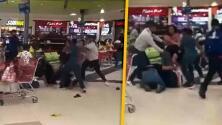 """(Video) """"Hasta a la niña le tocó"""": Dos familias se enfrentan a golpes porque les ganaron la mesa en un centro comercial"""