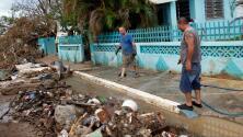 Avanzan los trabajos de recuperación de vías afectadas por el paso de María en Puerto Rico