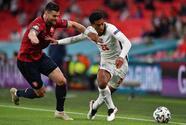 FINAL | Con un gol de Sterling, Inglaterra vence a República Checa y es líder