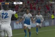¡Voltereta! Borges aprovecha un 'regalo' para el 1-2 de Costa Rica