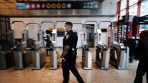 """""""A los policías no se les está apoyando"""": alertan por constantes hechos de inseguridad en el metro de Nueva York"""