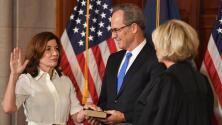 Kathy Hochul juramenta como la primera mujer gobernadora de Nueva York: ¿A qué le dará prioridad en su mandato?