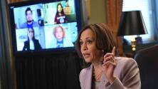 Kamala Harris recibe a dreamers después de que un juez ordenara suspender nuevos permisos de DACA