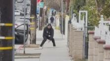 Imágenes sensibles: Hispano muere a tiros a manos de la policía en Los Ángeles