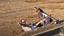 Revelan video de policía baleando a un sospechoso de intento de homicidio en Fremont