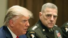 """El máximo general de EEUU temía que Trump tratara de """"derrocar al gobierno"""" tras su derrota, indica un nuevo libro"""