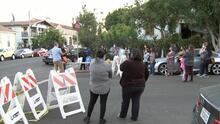 Afectados por explosión en Los Ángeles protestan para exigir ayudas y reparar sus viviendas