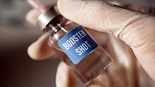 ¿Otra dosis más? Los médicos aclaran si es buena idea el refuerzo de la vacuna en personas vulnerables
